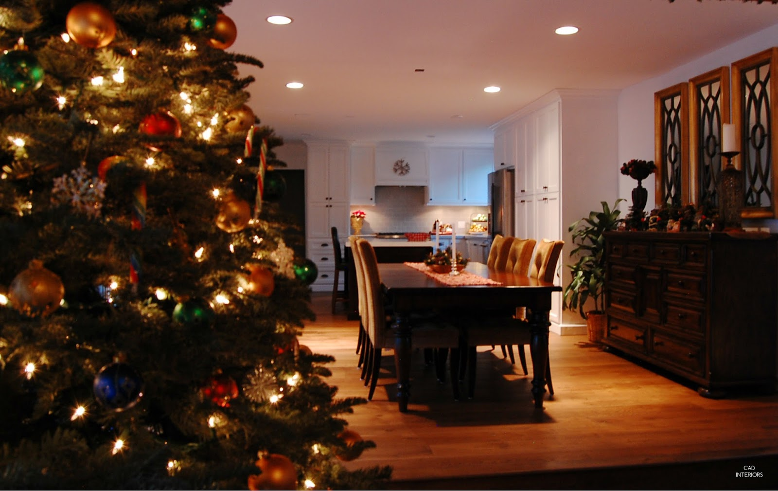 real fresh Christmas tree CAD INTERIORS holiday home classic traditional decorations great room