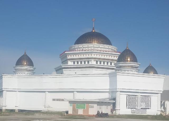 Fraksi Golkar Pertanyakan Pembuatan Kuba Masjid dan Taman Kota Tak Kunjung Rampung