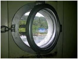 Peralatan Ventilasi Serta Pintu dan Jendela di Kapal, jendela kapal