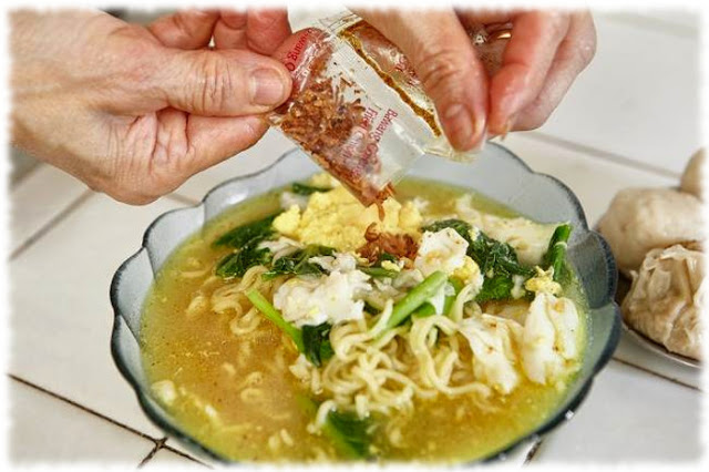Kamu Suka makan Mie Instan? Yuk Simak Tips Memasak Mie Instant yang Sehat