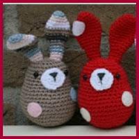 Mini conejitos de colores a crochet