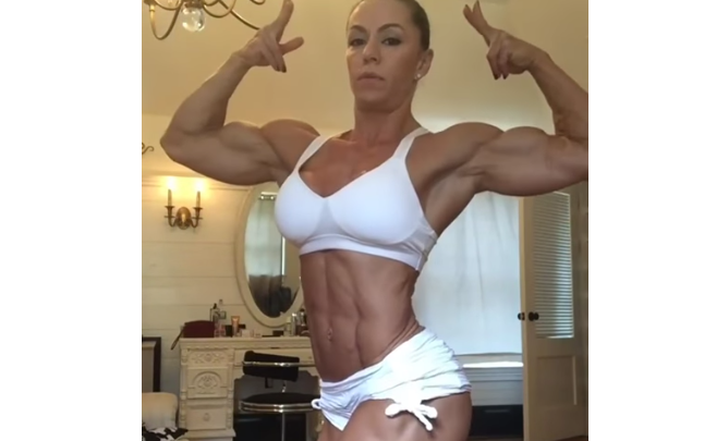 Video Cute Fitness Female bodybuilding triceps and  biceps workout :