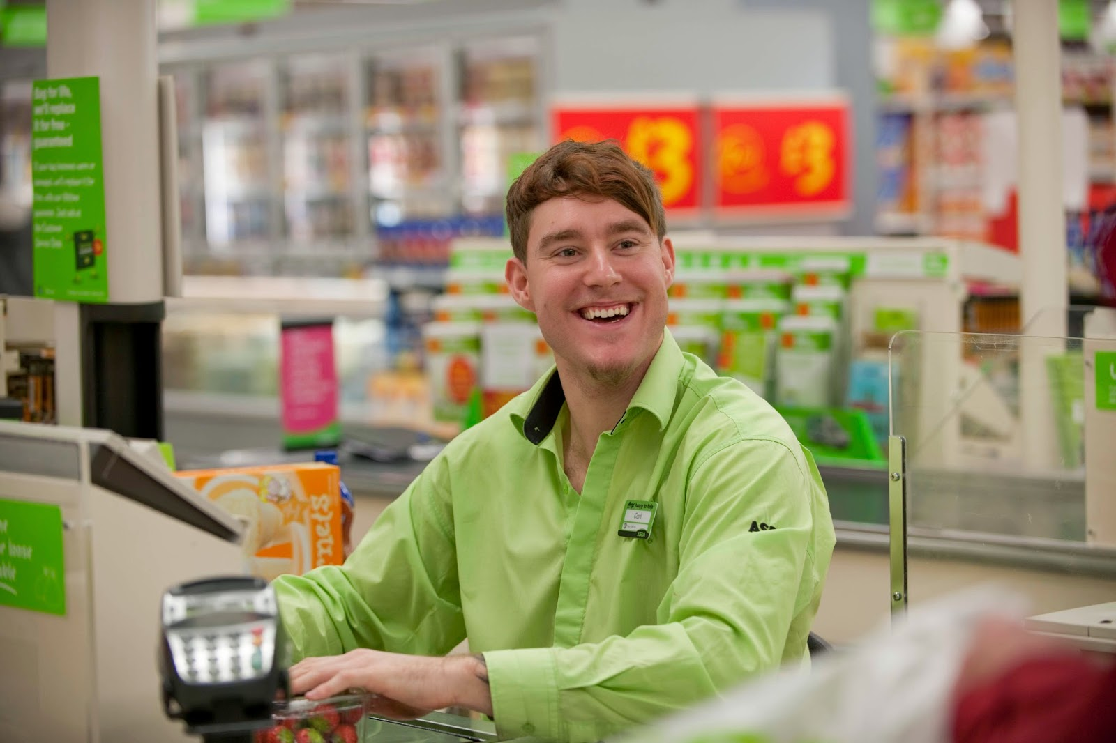 funny supermarket cashier joke picture