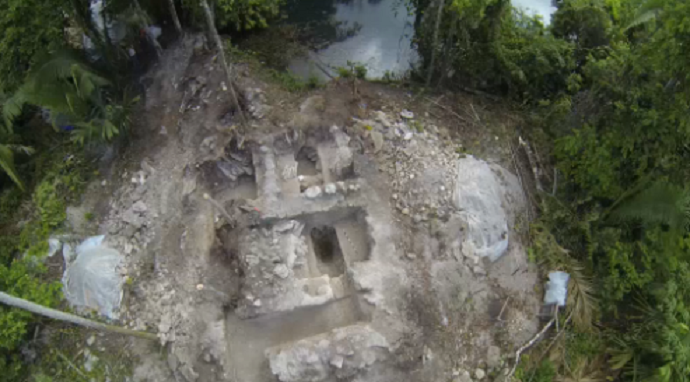 Mayans offered sacrifices to end drought at edge of sacred pool