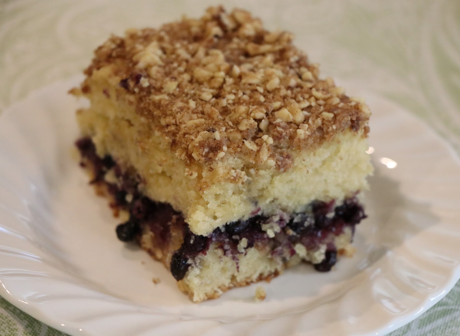 Mennonite Girls Can Cook: Blueberry Sour Cream Coffee Cake