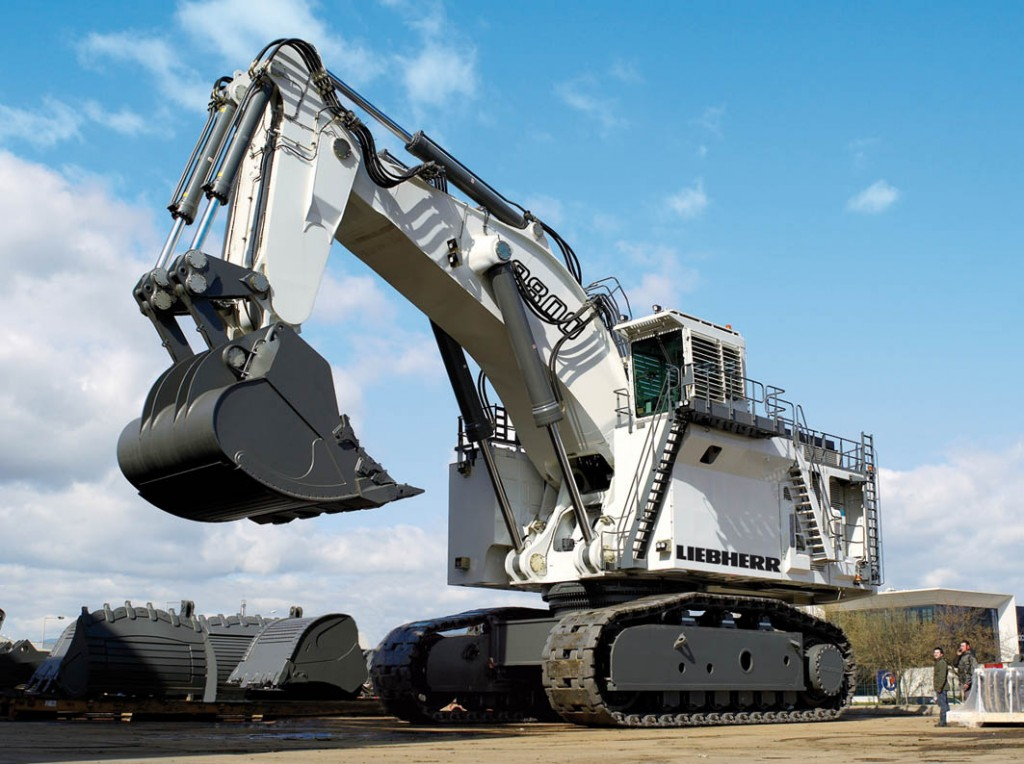 Liebherr R9800 World S Largest Excavator Cranepedia