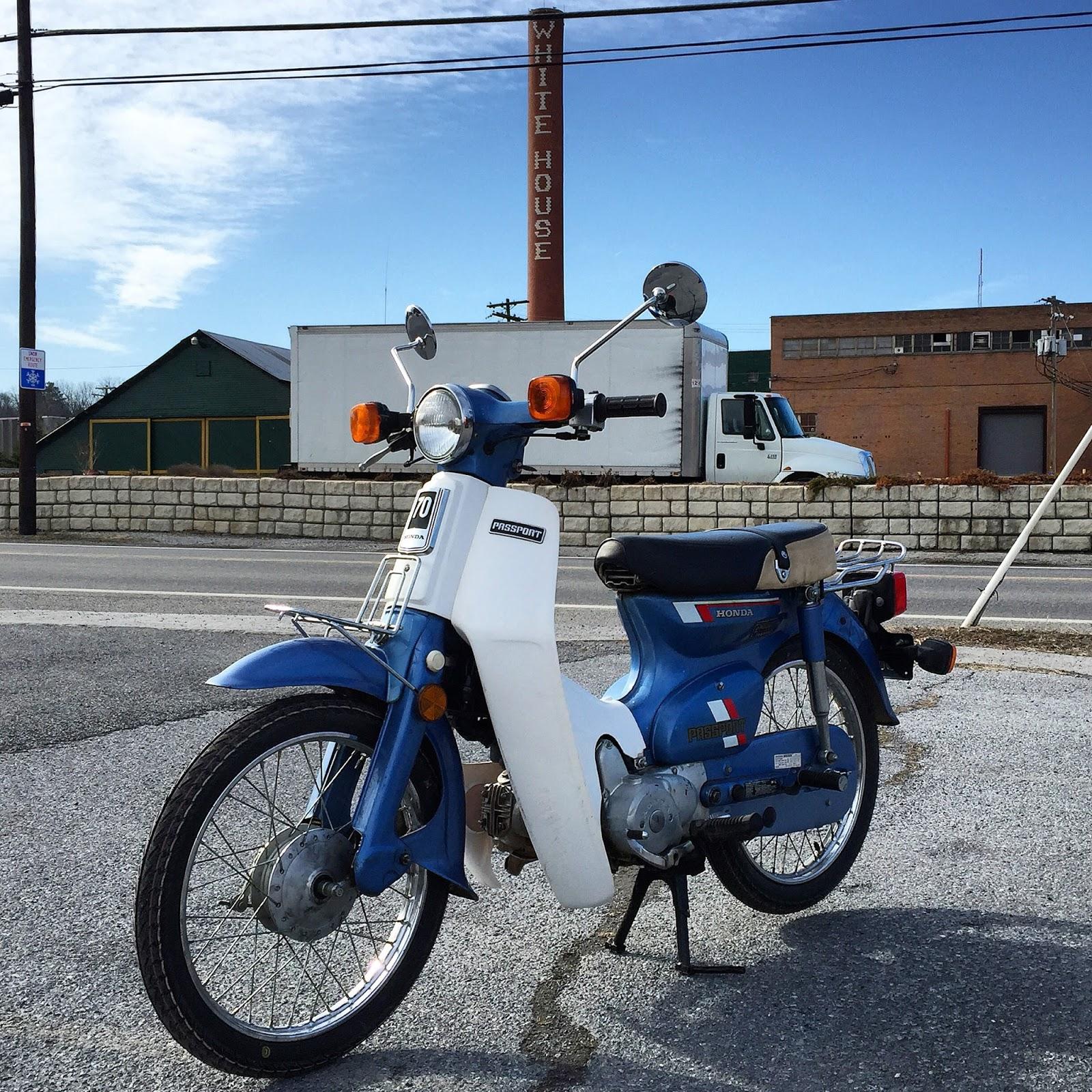 """Koleksi Sepeda Motor """"Jadul"""""""