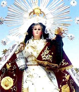 Imagen de la Virgen de la Candelaria de Puno en procesión
