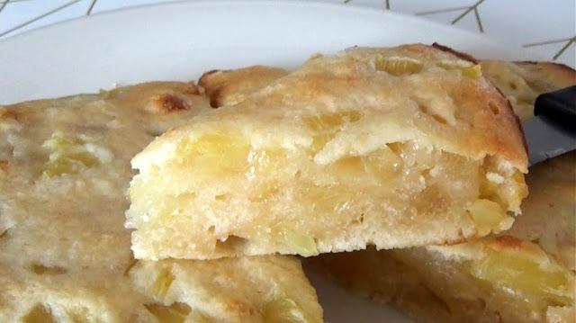 gâteau à l'ananas, gateau, ananas, pineapple, cake, recette, recipes, 3 ingredients, ingredients, enfants, rapide, facile, économique, fruits, pâtisserie, chef, cuisine, katys eats