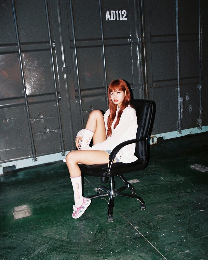 Blackpink S Lisa Is A Cool Nona9on Model Daily K Pop News