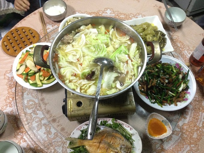 【過年傳統系列】除夕-早上祭拜祖先與供奉的神明-晚上團圓飯