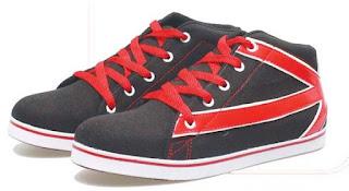 Sepatu Anak Laki-Laki Model Bertali BLG 561