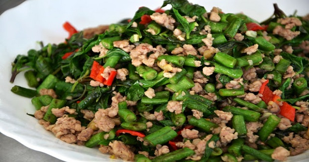 Vietnamese Long Beans, Basil & Pork Stir-Fry Recipe