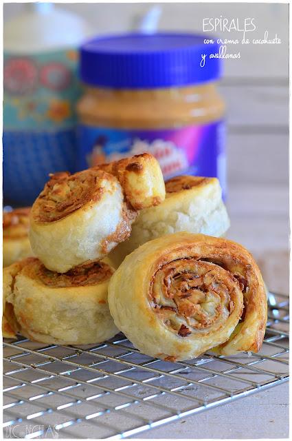 Espirales con crema de cacahuete y avellanas