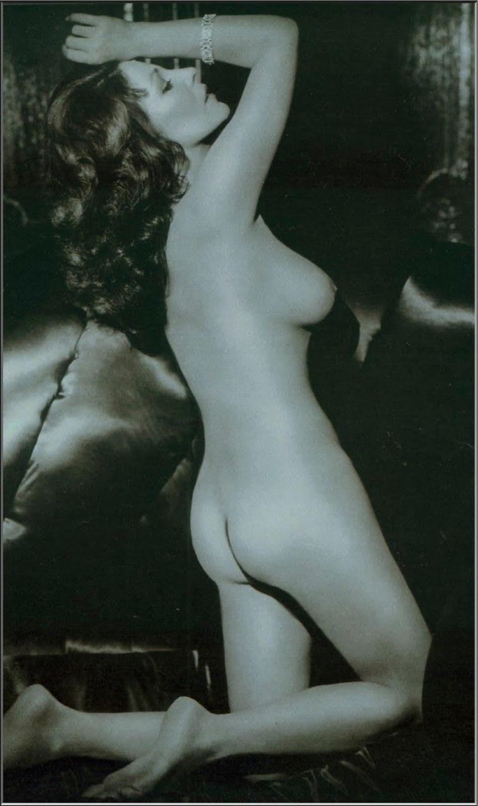Joan Collins Nackt