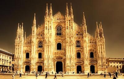 Viagens internacionais, turismo agência de viagens Porto Alegre, roteiro internacional, viagem para Europa, Milão, Itália, catedral de Milão, Sforza, Constantino, palácio sforzesco