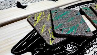 ロングボードラリー コルクライザーパッド(ショックパッド)はショック吸収でありデッキ保護にも