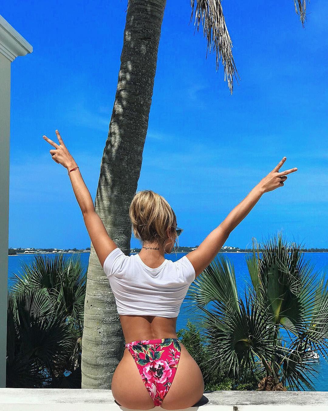 Jasmine-Sanders-in-bikinis-during-Revolve-Summer-Event-in-Bermuda-b6qm2x4ike.jpg