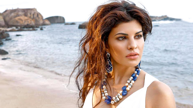 Free Jacqueline Fernandes HD Wallpapers