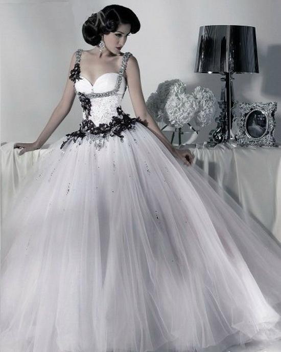 2017 Gothic Wedding Dresses Halloween Victorian Bridal: Moda, Elegancja I Klasa ...: Modne Czarno-białe Suknie