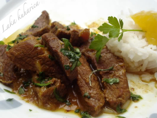 Beef with oranges and spices by Laka kuharica: the true aromatic Middle-eastern dish.