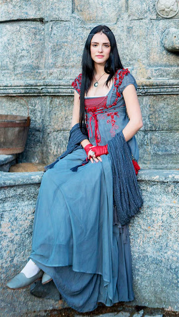 Ana (Isabelle Drummond) vestidos nova fase