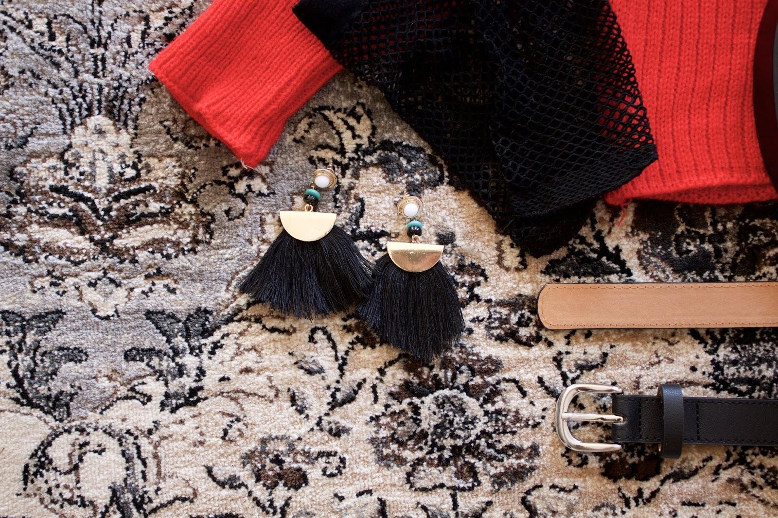 Bead Semicircle Tassel Earrings - Black