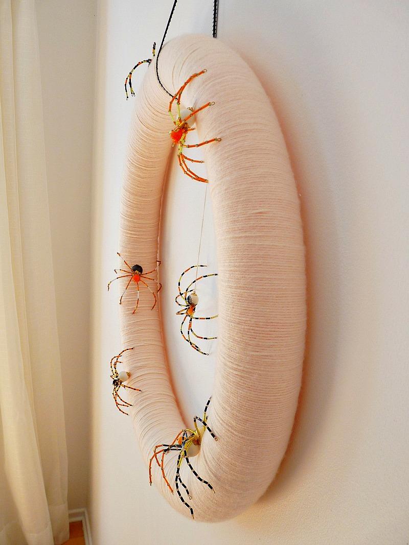 Yarn wrapped pretty Halloween wreath