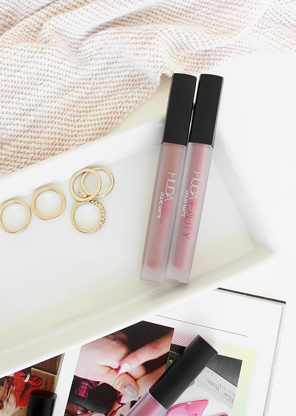 Huda Beauty Liquid Matte Lipstick Review - Flirt & Medusa