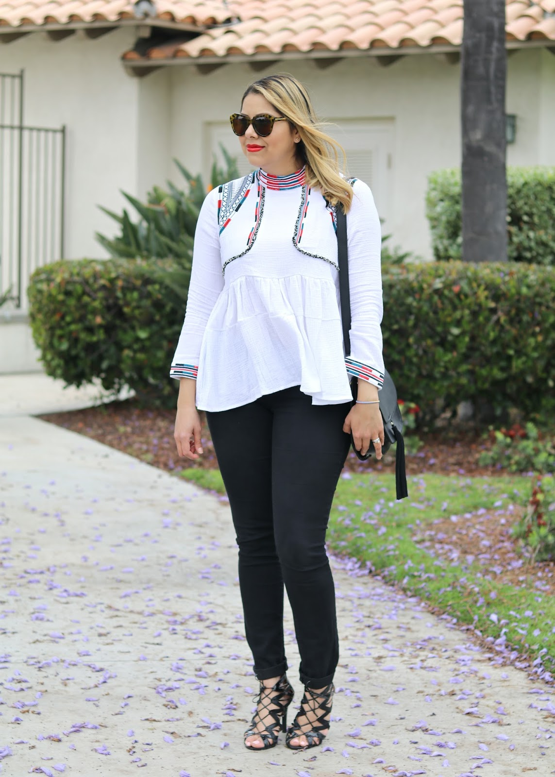 chicwish boho embroidered top, san diego fashion blogger, san diego style, old navy black skinny jeans