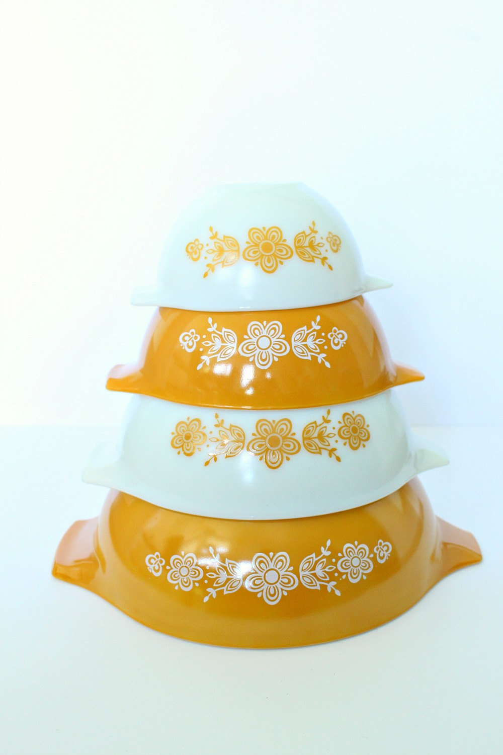 Butterfly Gold Pyrex Cinderella Mixing Bowls