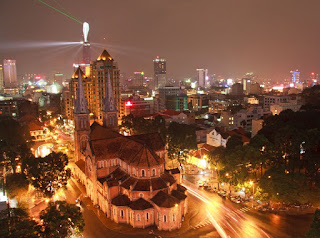 Hanoi - Ho Chi Minh City: Which city is better for traveling? 3