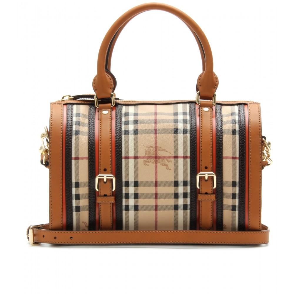Passion for handbags: Modern, yet classic Burberry bag