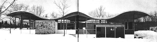A photo of Jules Gregory house architecture 1960