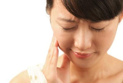 Mengatasi Sakit Gigi Sampai Tuntas