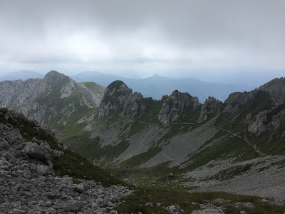 Upper and lower paths leading to Passo di Pozzera