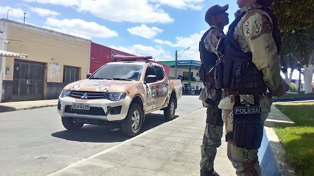 Em Batalha, um adulto é preso e dois menores são apreendidos pela COPES por tráfico de drogas