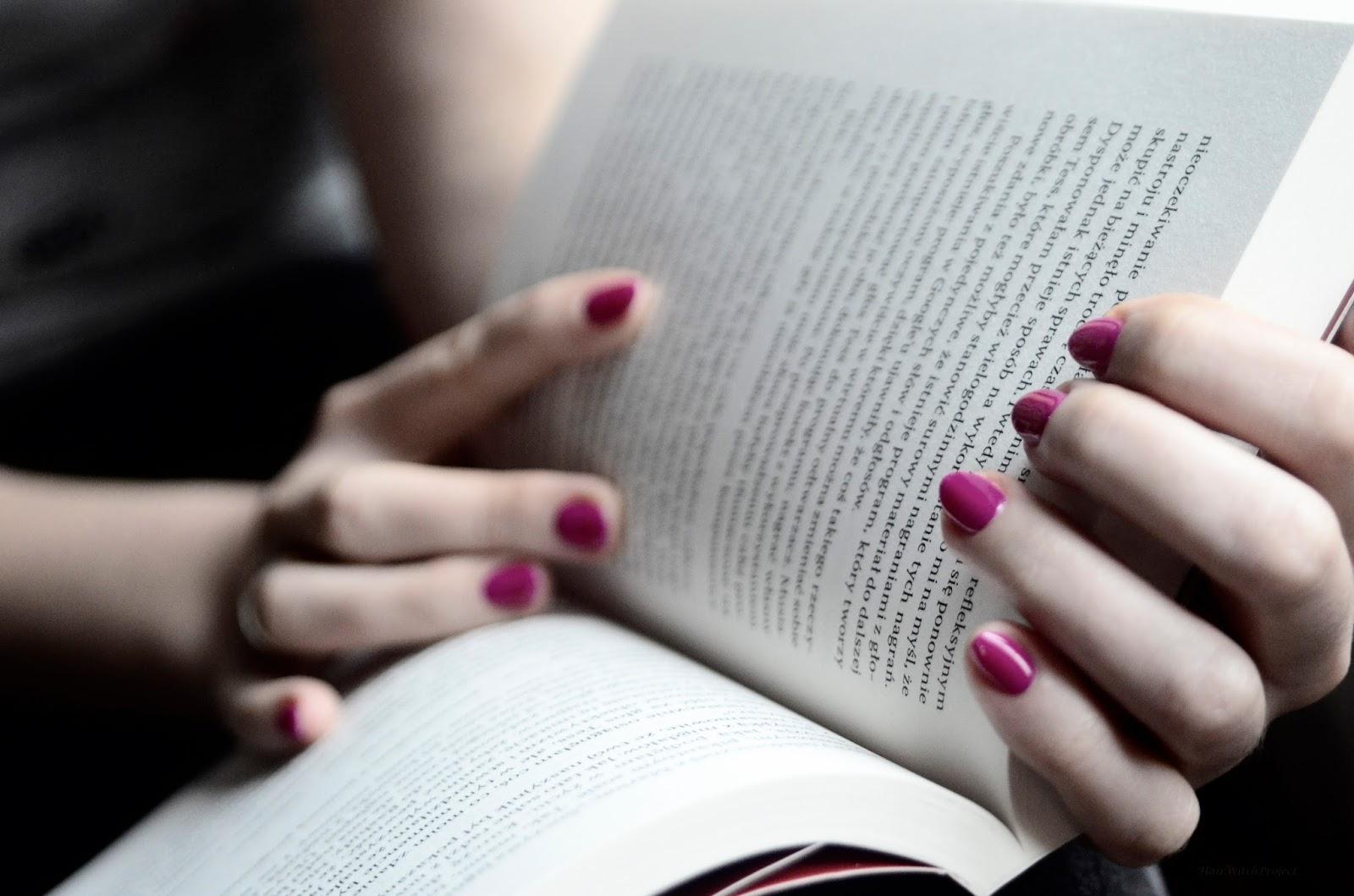 najpierw mnie pocałuj   książka   recenzja   papier