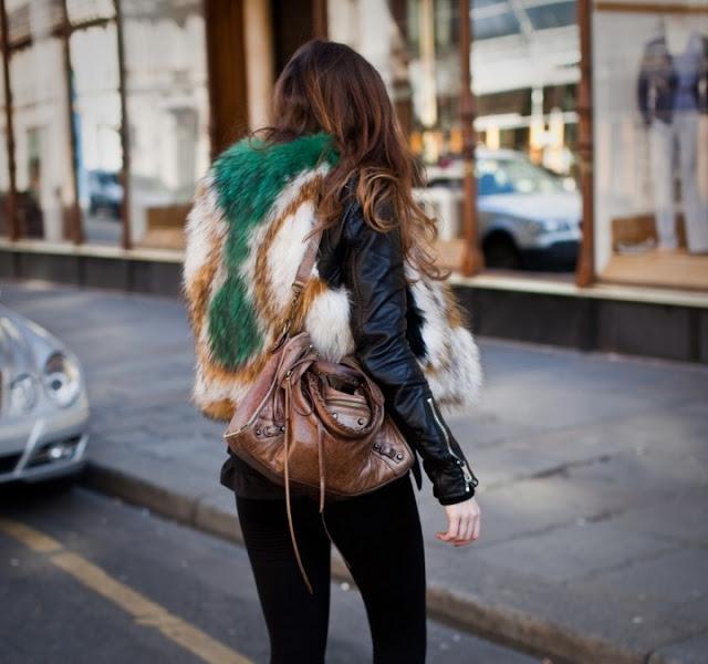 futro, futrzaki, kolorowe futro, kate moss, street style, street style zima