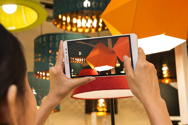 Lenovo showcases end-to-end innovation with the launch of three differentiated consumer devices, PHAB Plus, YOGA Tab 3 and TAB2 A7-20