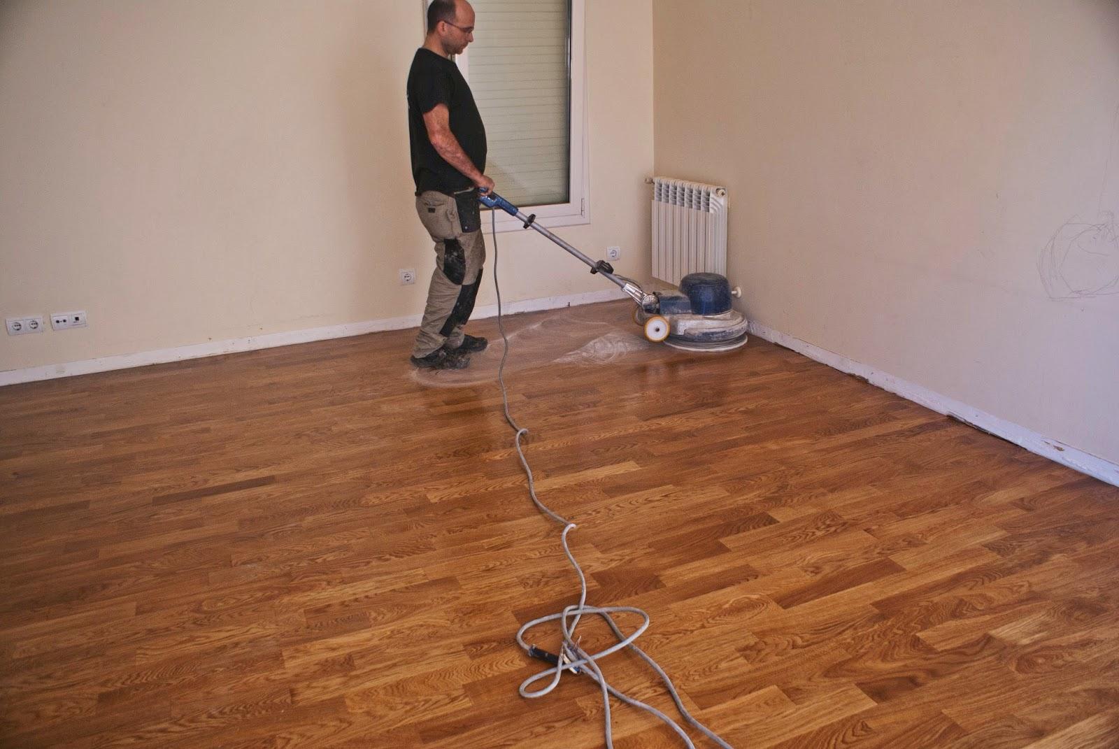barnizar suelo de madera