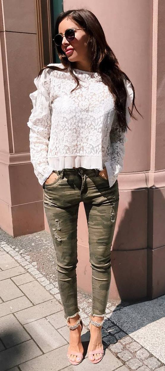 incredible outfit idea : white lace top + khaki skinnies + heels