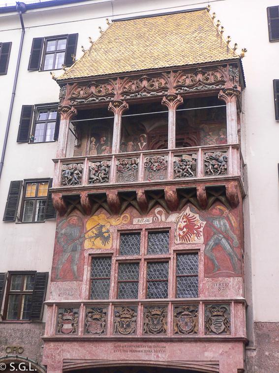 Tejadillo de oro de Innsbruck, la capital del tirol