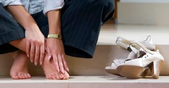 high+heels 6 Cara Mencegah Kram dan Tipsnya