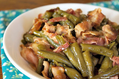 CROCK-POT EASY GREEN BEANS AND BACON