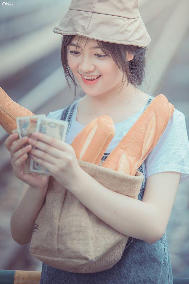 Share 23 ảnh girl xinh bán bánh mì