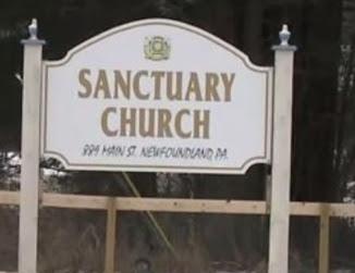 sanctuary church couple bring rifles church prayer