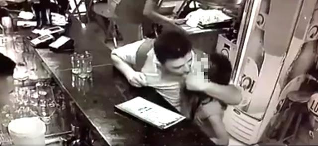 PEDOFILIA: Homem abusa de criança dentro de bar lotado e ninguém faz nada! ASSISTA…