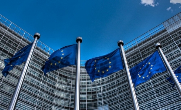 Κομισιόν: Brexit και αμυντικές δαπάνες προκαλούν «τρύπα» €20 δισ. στον προϋπολογισμό της ΕΕ