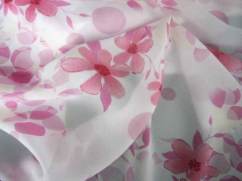 Chiffon Is A French Word For Cloth Or Rug It S Lightweight Plain Woven Sheer Fabric With Alternate And Z Twist The Puckers In Both